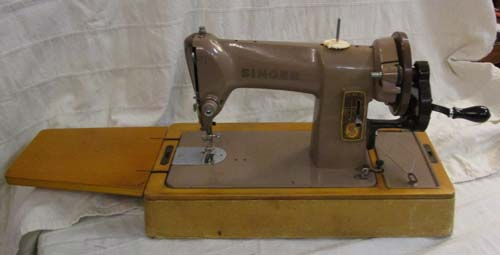 Sewing Machine Pages Buying An Old Sewing Machine Beauteous Refurbished Sewing Machines Uk